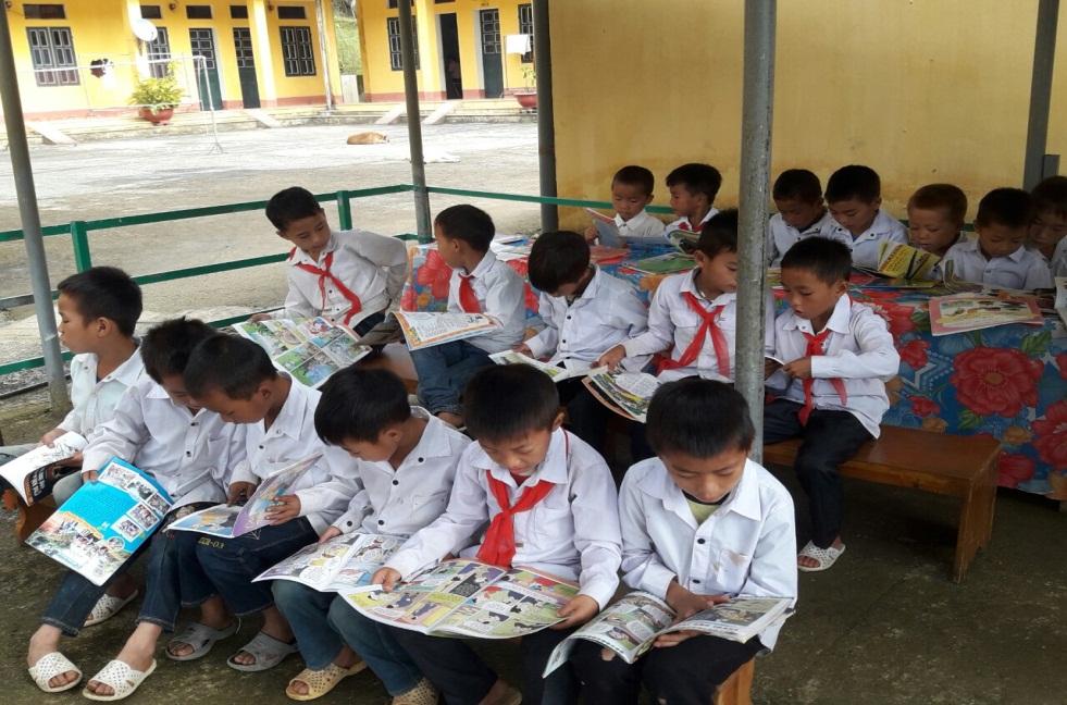 GDTH - Xây dựng môi trường tăng cường tiếng Việt cho học sinh dân tộc thiểu số ở trường PTDTBT Tiểu học Pu Lau